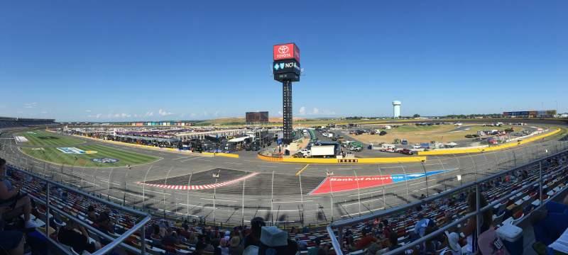 Charlotte Motor Speedway, Abschnitt: Ford E, Reihe: 11, Platz: 11