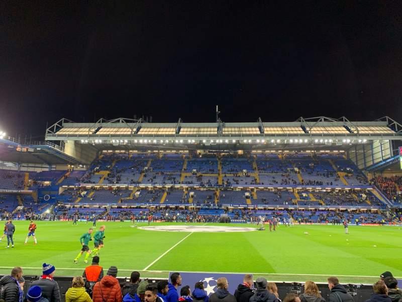 Sitzplatz-Aussicht für Stamford Bridge Abschnitt West Stand Lower 4 Reihe 7 Platz 101