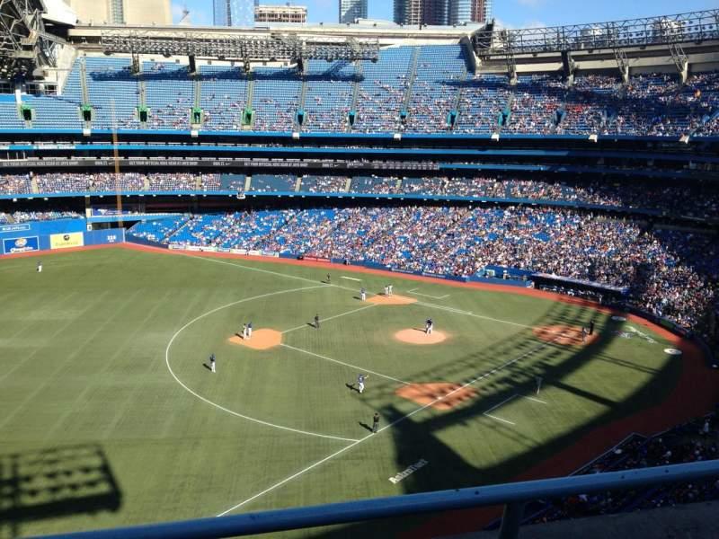 Sitzplatz-Aussicht für Rogers Centre Abschnitt 535R Reihe 2 Platz 3