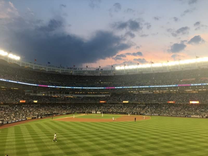 Sitzplatz-Aussicht für Yankee Stadium Abschnitt 203 Reihe 5 Platz 2