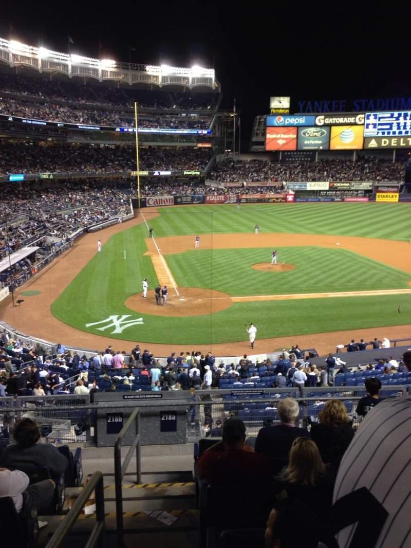 Sitzplatz-Aussicht für Yankee Stadium Abschnitt 218a Reihe 8 Platz 13