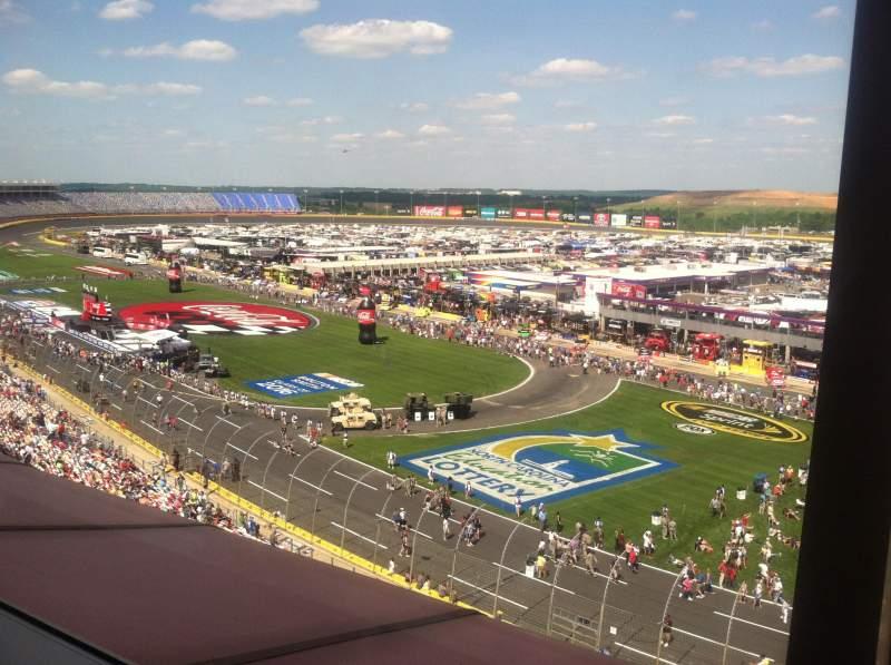 Charlotte Motor Speedway, Abschnitt: Suite 140, Reihe: 2, Platz: 13