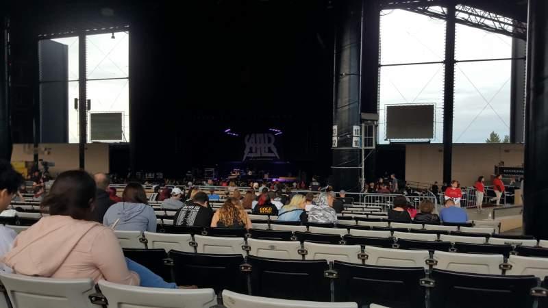 Hollywood Casino Amphitheatre (Tinley Park), Abschnitt: 204, Reihe: BBB, Platz: 12