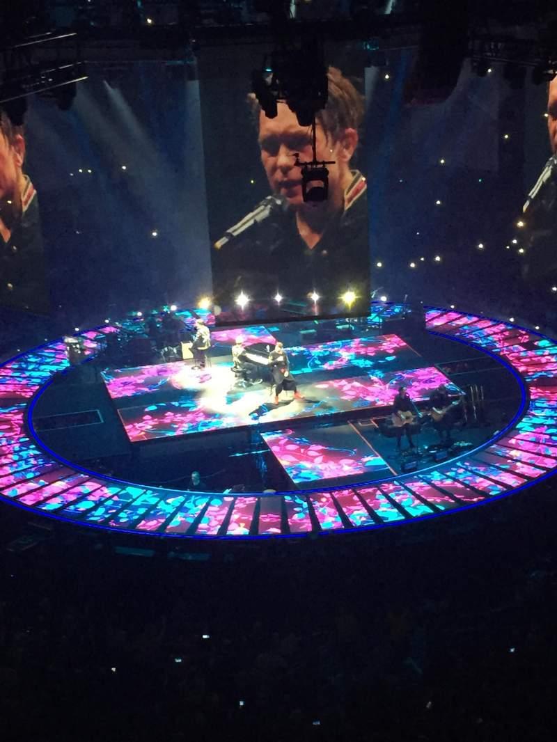 Manchester Arena, Abschnitt: 202, Reihe: B, Platz: 22