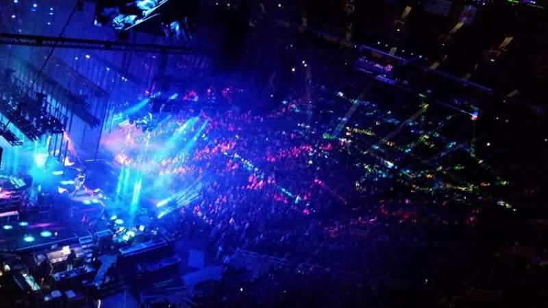 Little Caesars Arena, Abschnitt: M33, Reihe: 3, Platz: 17