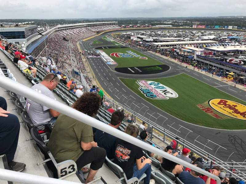 Charlotte Motor Speedway, Abschnitt: Ford E, Reihe: 54, Platz: 36
