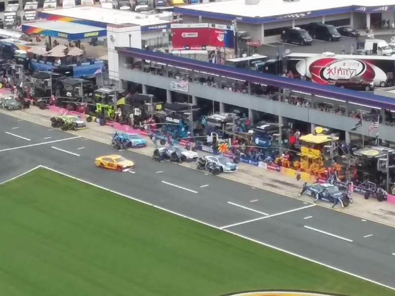 Charlotte Motor Speedway, Abschnitt: Ford E, Reihe: 48, Platz: 28