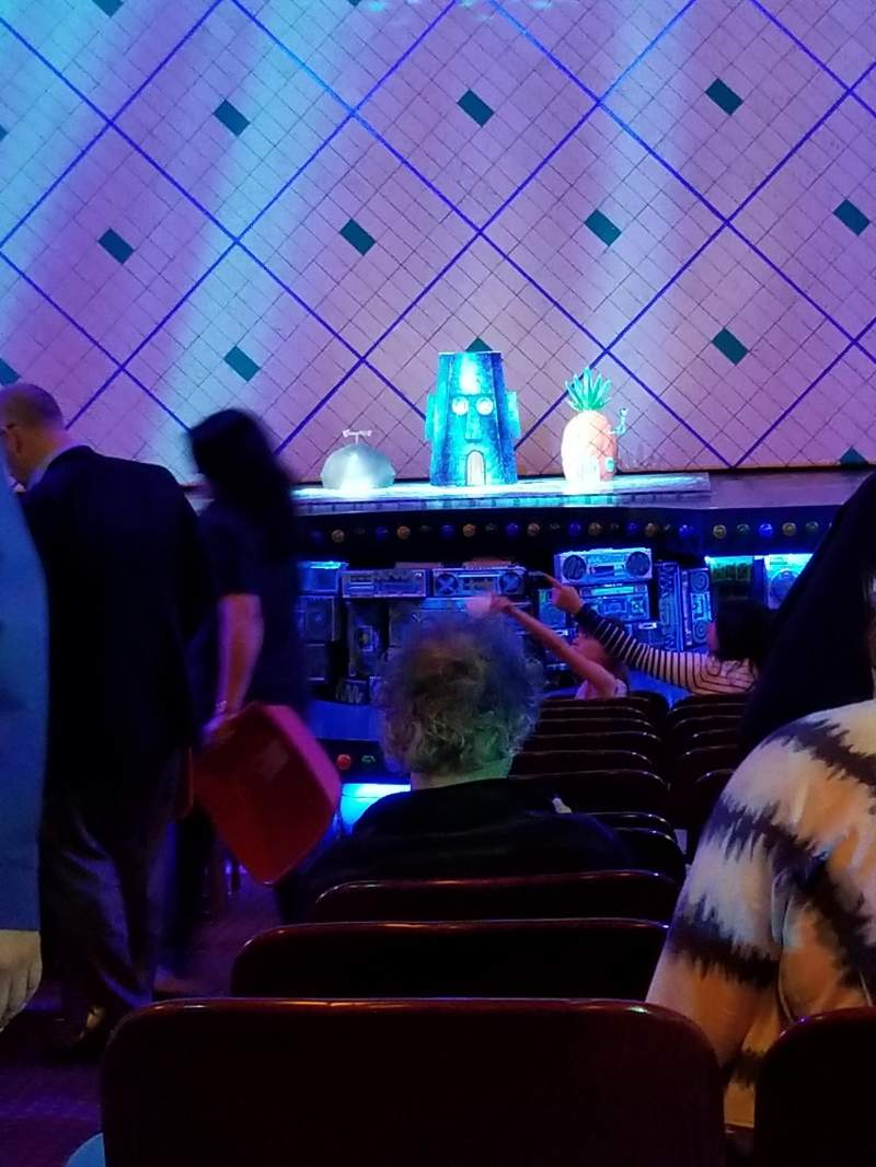 Palace Theatre (Broadway), Abschnitt: Orch, Reihe: R, Platz: 102