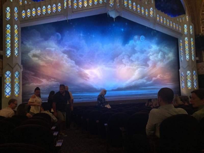 Eugene O'Neill Theatre, Abschnitt: ORCHL, Reihe: M, Platz: 1