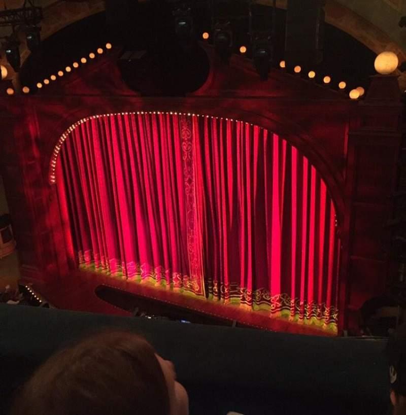 Shubert Theatre, Abschnitt: Balcony Right, Reihe: B, Platz: 16, 18