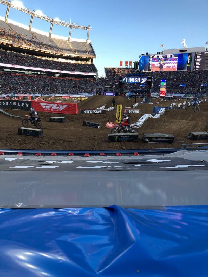 Sitzplatz-Aussicht für Broncos Stadium at Mile High Abschnitt 111 Reihe 9 Platz 6