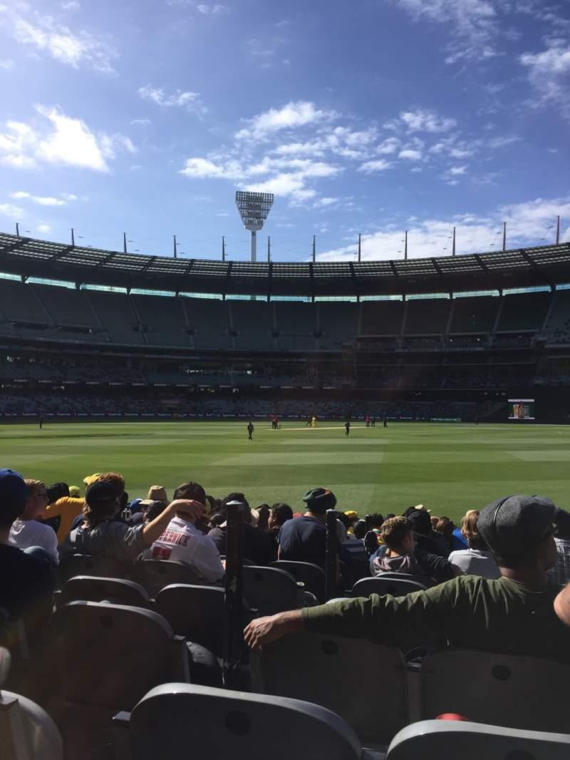 Sitzplatz-Aussicht für Melbourne Cricket Ground Abschnitt M13 Reihe 12 Platz 3