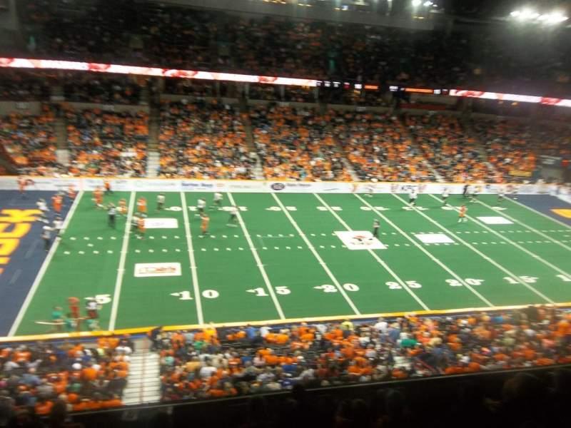 Spokane Arena, Abschnitt: 215, Reihe: M, Platz: 18