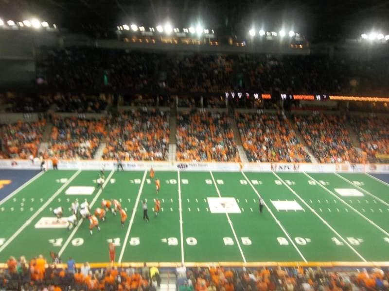 Spokane Arena, Abschnitt: 216, Reihe: M, Platz: 17