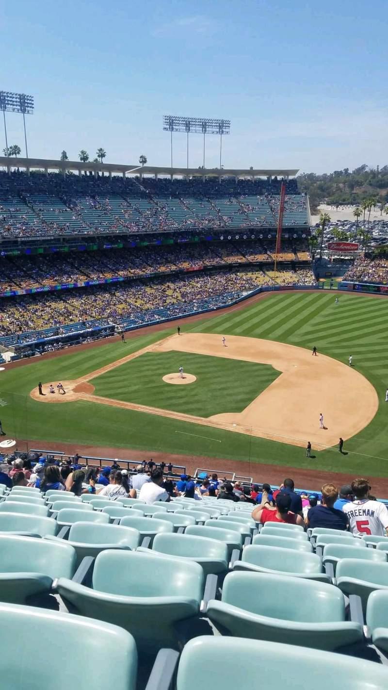 Dodger Stadium, Abschnitt: 24RS, Reihe: V, Platz: 16