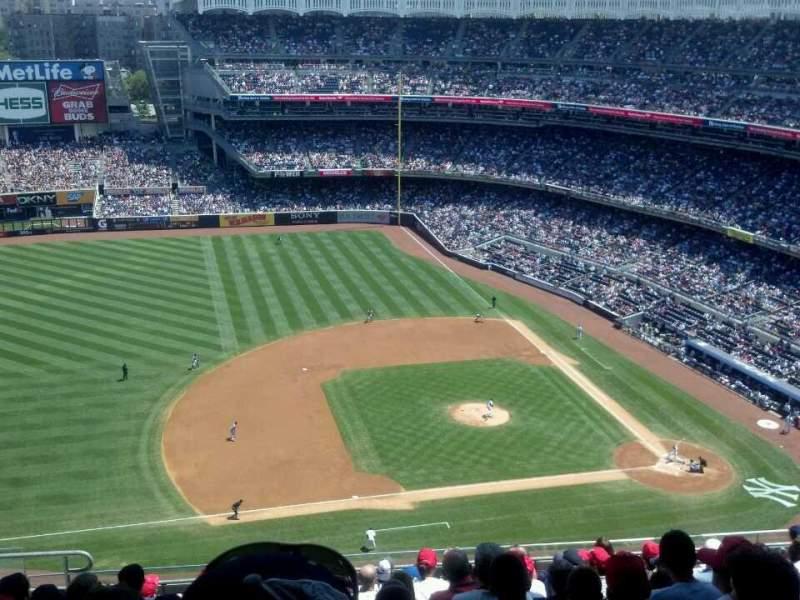 Sitzplatz-Aussicht für Yankee Stadium Abschnitt 425 Reihe 11 Platz 18
