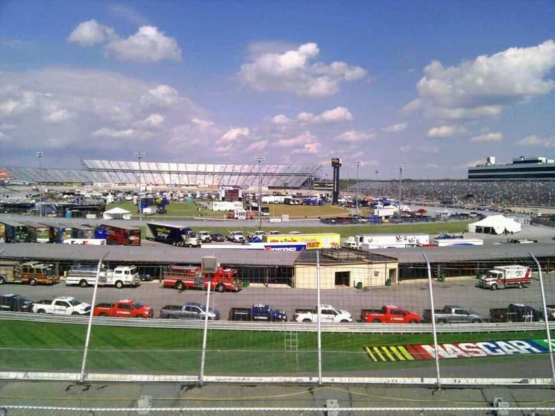 Dover International Speedway, Abschnitt: 143, Reihe: 30, Platz: 9