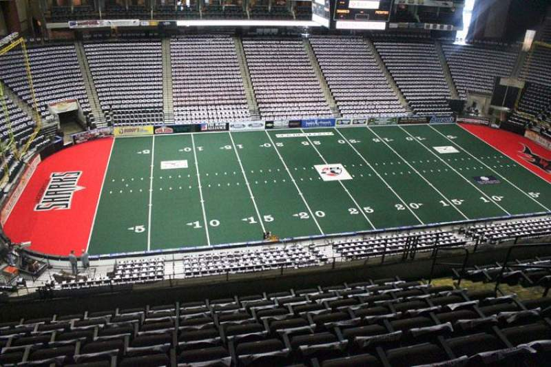 Jacksonville Veterans Memorial Arena, Abschnitt: 305, Reihe: H, Platz: 8