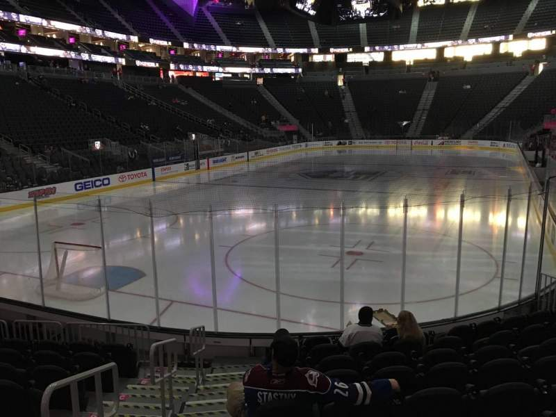 Sitzplatz-Aussicht für T-Mobile Arena Abschnitt 2 Reihe J Platz 1