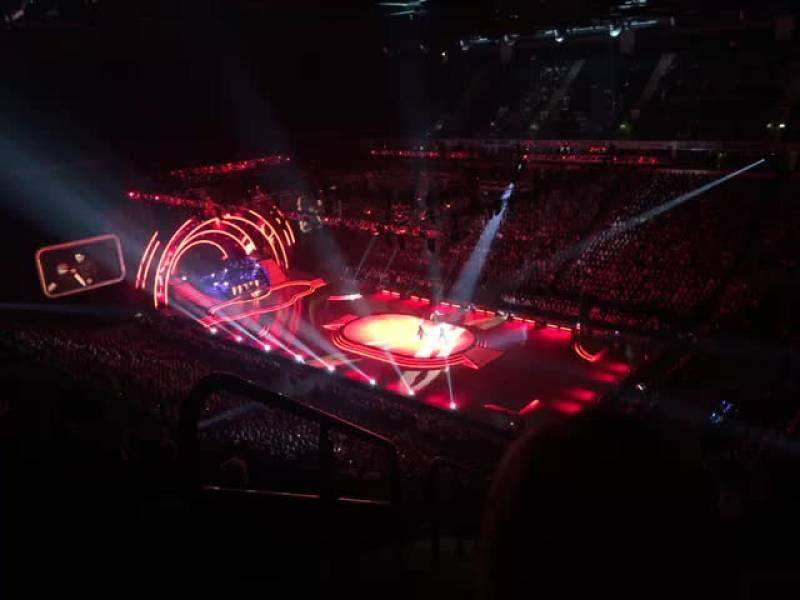 Manchester Arena, Abschnitt: 206, Reihe: Q, Platz: 1