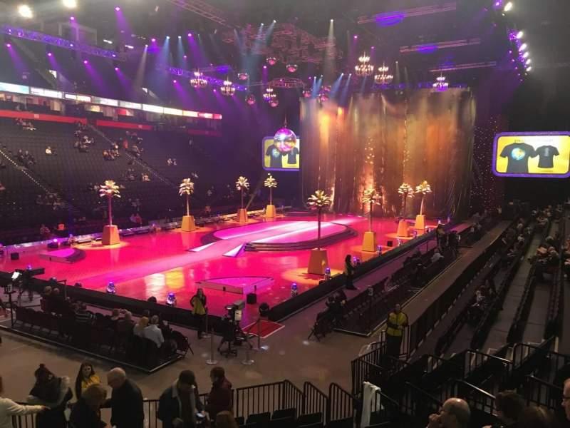 Manchester Arena, Abschnitt: 111, Reihe: L, Platz: 5