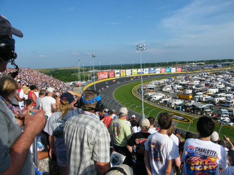 Charlotte Motor Speedway, Abschnitt: S, Reihe: 31, Platz: 12