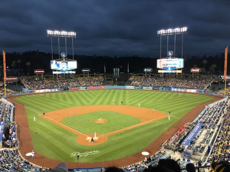 Dodger Stadium, Abschnitt: 2RS, Reihe: G, Platz: 9