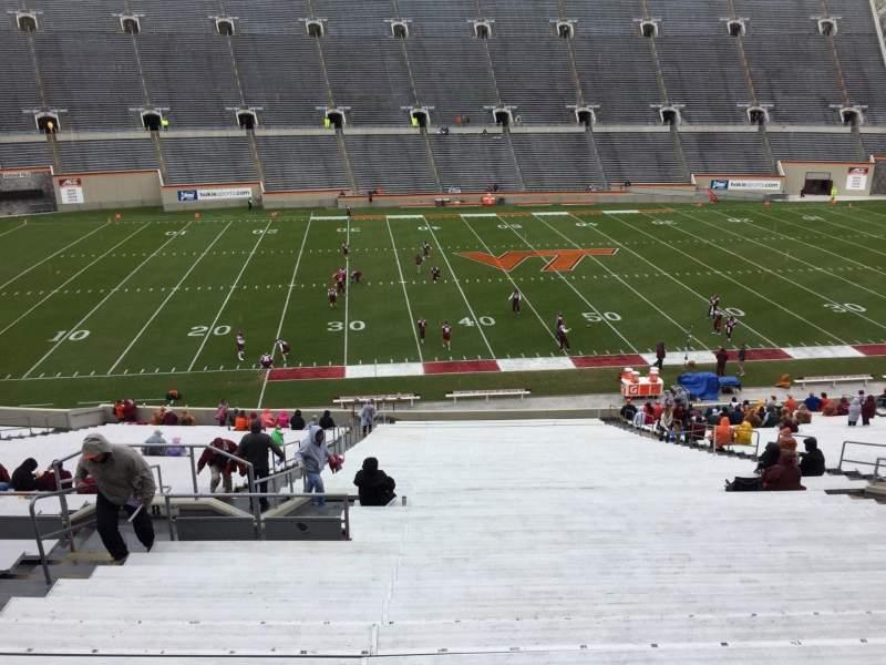 Lane Stadium, Abschnitt: 8, Reihe: CCC, Platz: 14