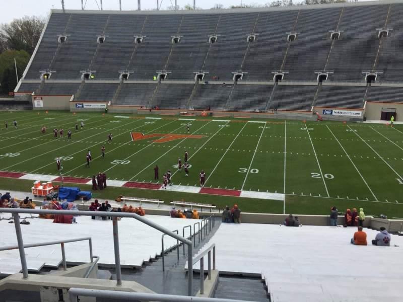 Lane Stadium, Abschnitt: 14, Reihe: SS, Platz: 6