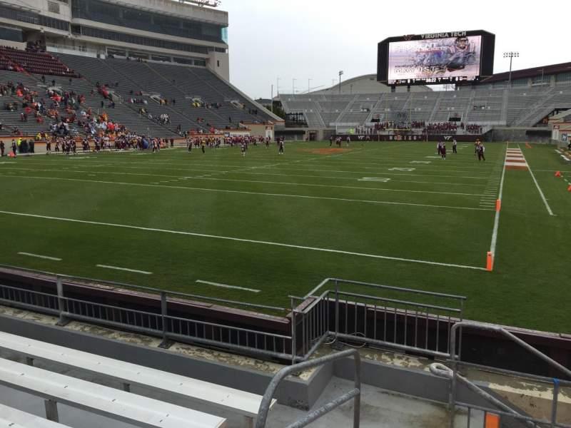 Lane Stadium, Abschnitt: 101, Reihe: F, Platz: 13