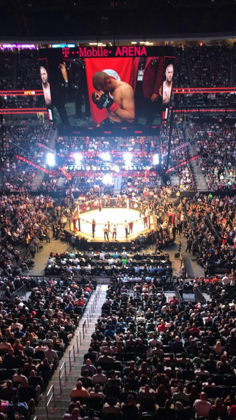 T-Mobile Arena, Abschnitt: 223, Reihe: A, Platz: 15