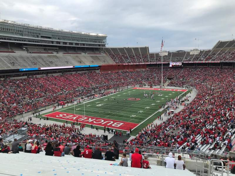 Ohio Stadium, Abschnitt: 34b, Reihe: 27, Platz: 3