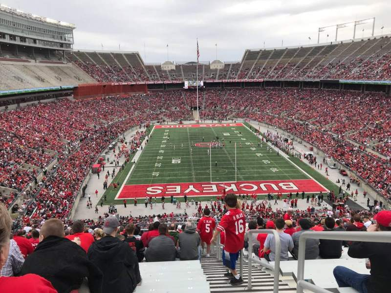 Ohio Stadium, Abschnitt: 37B, Reihe: 30, Platz: 1
