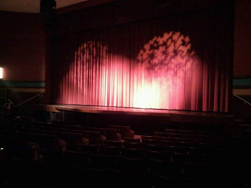 Sitzplatz-Aussicht für Landis Theater Abschnitt orchestra right Reihe m Platz 18