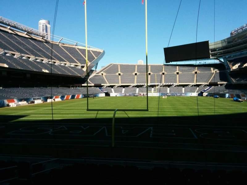 Soldier Field, Abschnitt: 122, Reihe: 11, Platz: 7