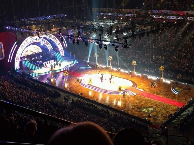 Manchester Arena, Abschnitt: 206, Reihe: q, Platz: 2
