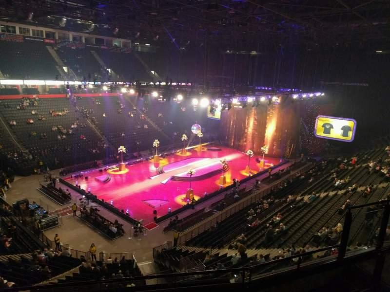 Manchester Arena, Abschnitt: 211, Reihe: e, Platz: 13