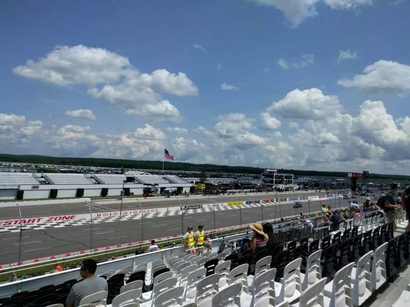Pocono Raceway, Abschnitt: 240, Reihe: 30, Platz: 15