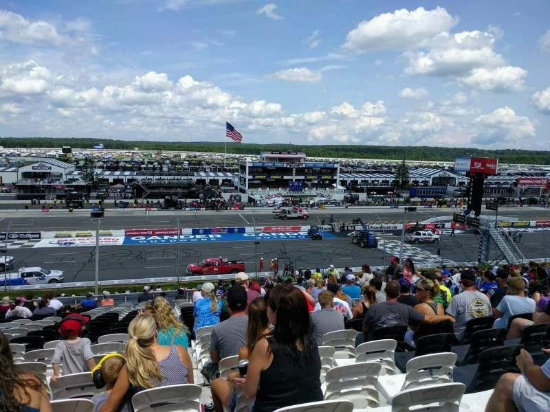 Pocono Raceway, Abschnitt: 228, Reihe: 38, Platz: 12