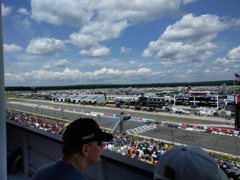 Pocono Raceway, Abschnitt: 322, Reihe: 2, Platz: 28