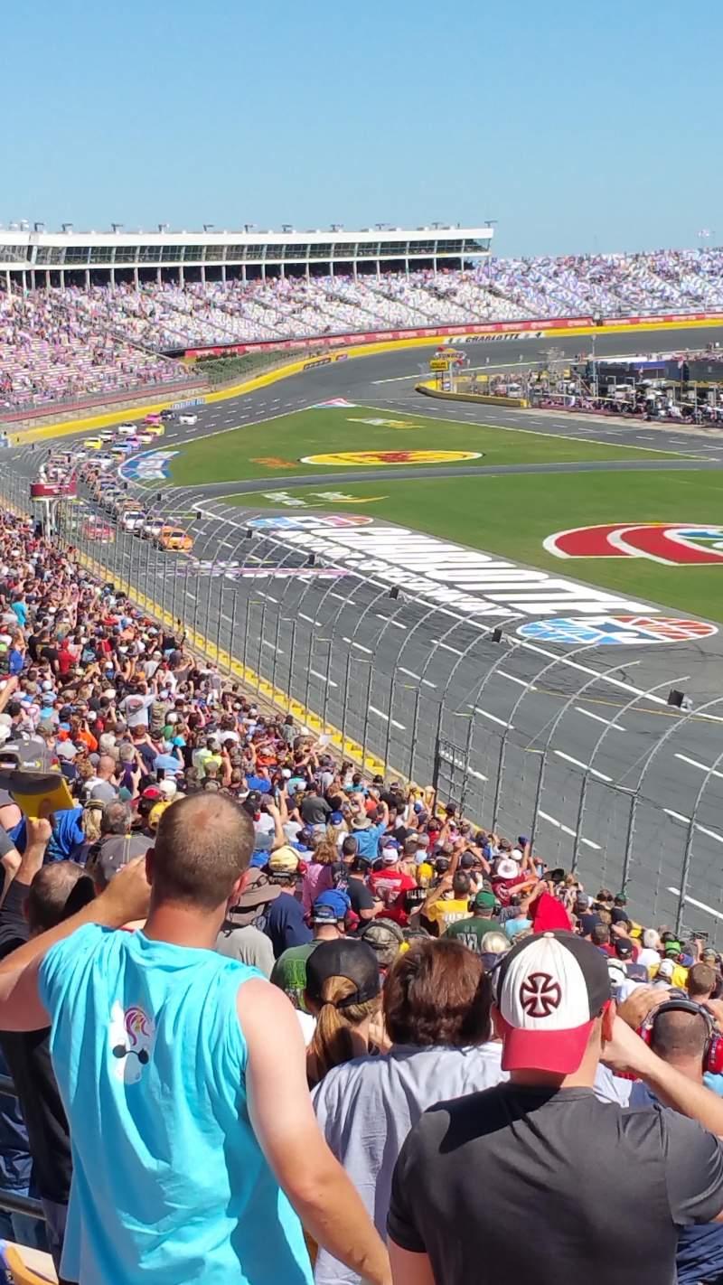 Charlotte Motor Speedway, Abschnitt: Old Veranda J, Reihe: 38, Platz: 15