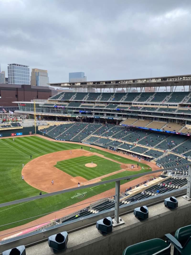 Sitzplatz-Aussicht für Target Field Bereich 324 Reihe 2 Platz 13