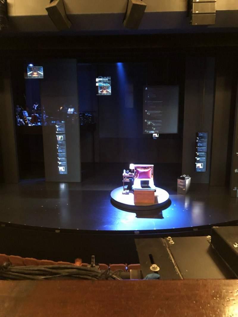 Music Box Theatre, Abschnitt: MEZZC, Reihe: A, Platz: 106