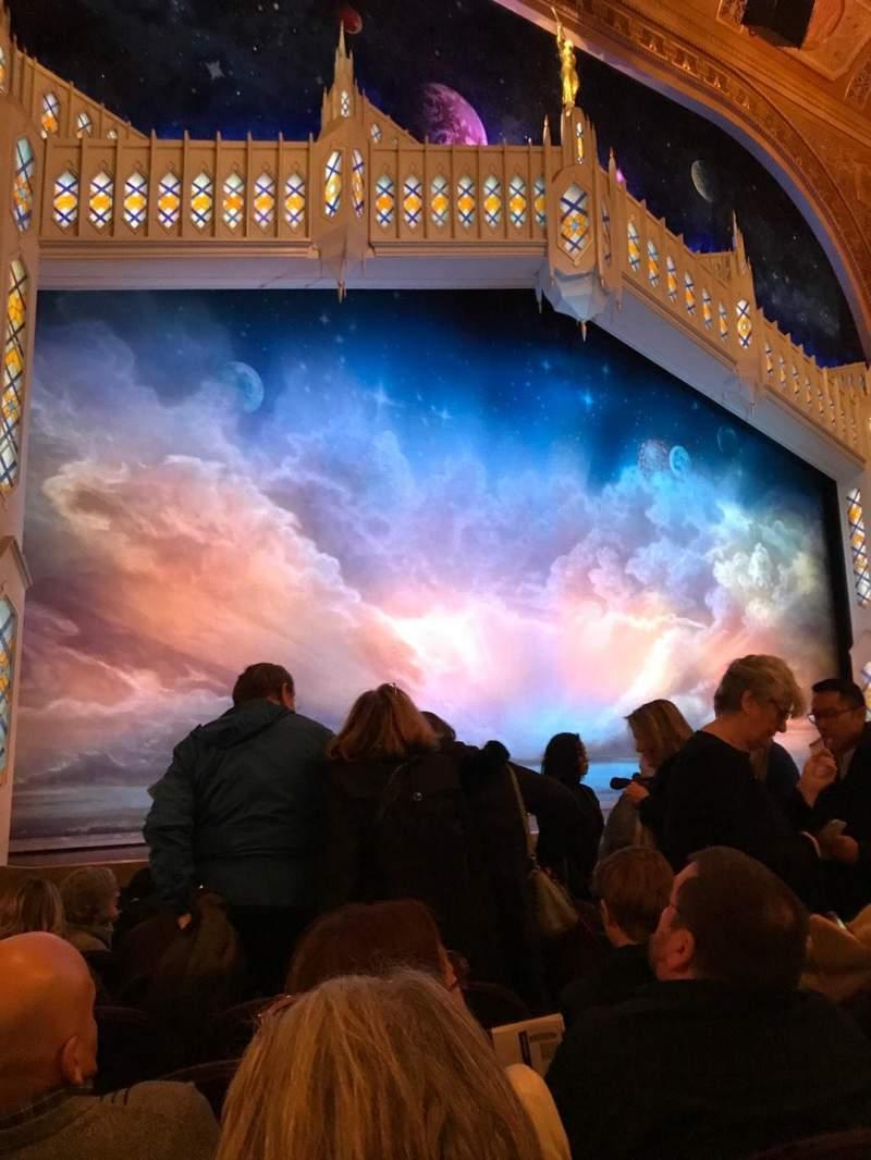 Eugene O'Neill Theatre, Abschnitt: Orch, Reihe: J, Platz: 13-15