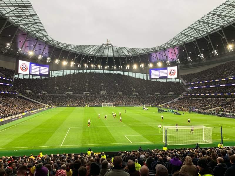 Sitzplatz-Aussicht für Tottenham Hotspur Stadium Abschnitt 114 Reihe 27 Platz 405