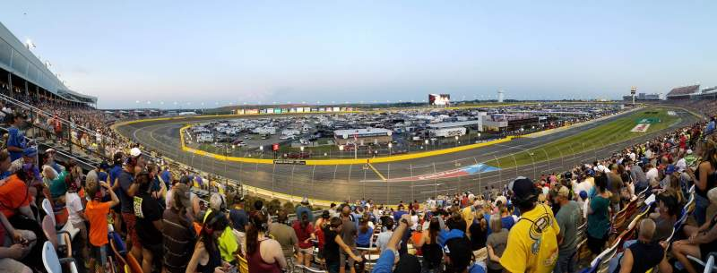 Charlotte Motor Speedway, Abschnitt: CHRYK, Reihe: 33, Platz: 26