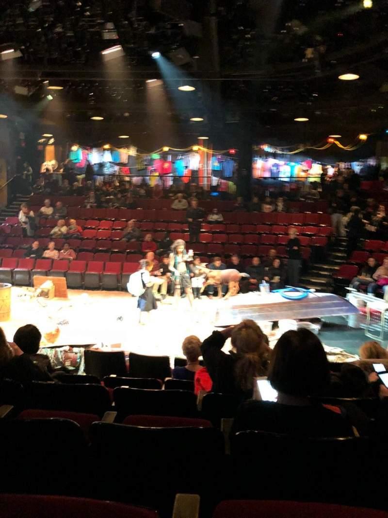 Circle in the Square Theatre, Abschnitt: Orch, Reihe: E, Platz: 215