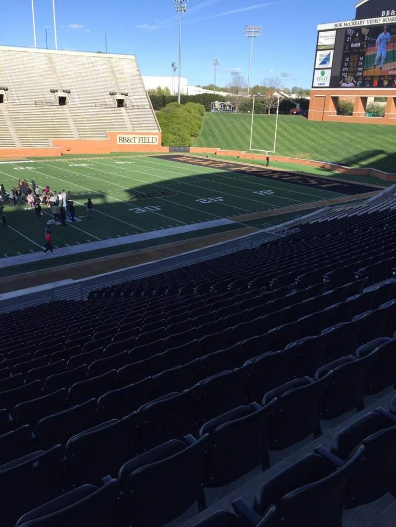 BB&T Field, Abschnitt: 5, Reihe: DD, Platz: 15